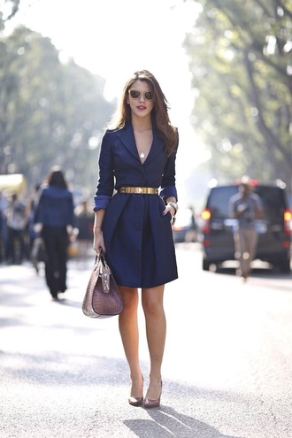 coat royal blue dress navy dress please help me find it i seriously love it classy dress classy bag belt blouse cardigan jacket nail accessories make-up nail polish jewels jumpsuit skirt shirt sunglasses blue business dress dress coat