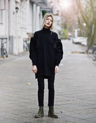 sweater tumblr black sweater denim jeans black jeans boots green boots all black everything