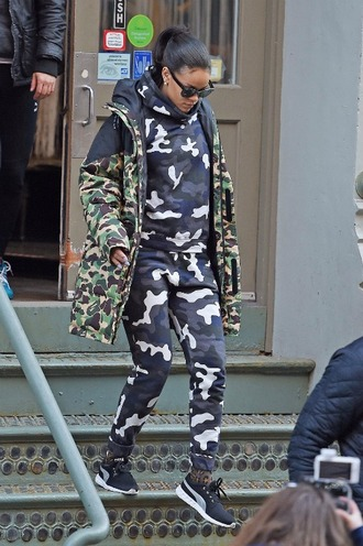 pants sweatpants sweater sweatshirt camouflage jacket rihanna sneakers spring jacket