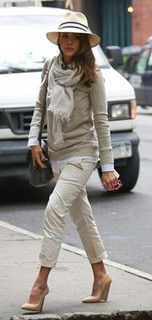 pants,sweater,jessica alba,scarf,hat