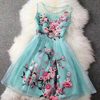 dress mint flowers