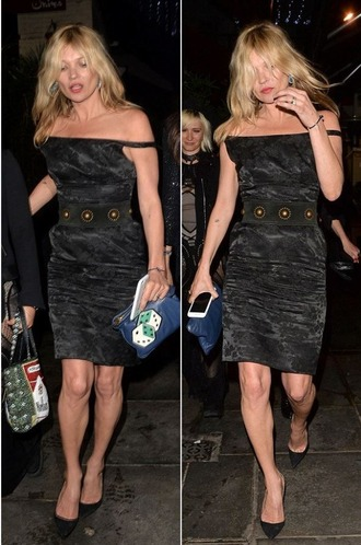 dress off the shoulder kate moss pumps black dress