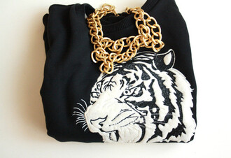 t-shirt chain tiger black and white swag sweater gold chain jewels black winter sweater winter outfits blackand white tiger shirt
