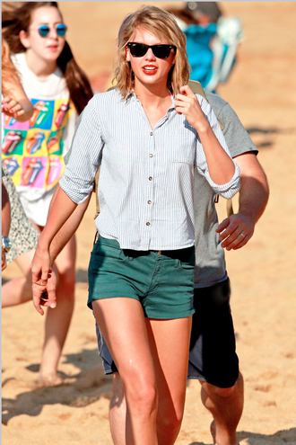 shorts taylor swift summer outfits