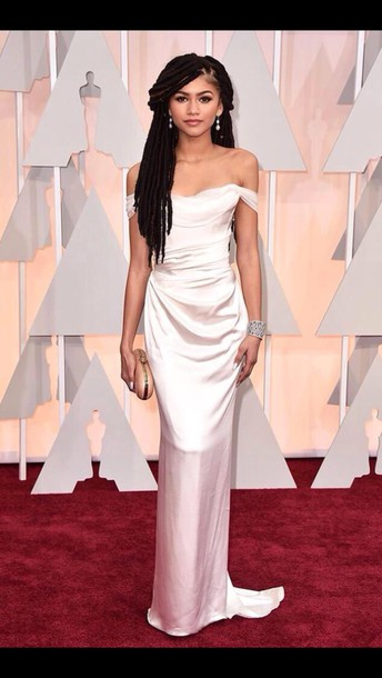 dress zendaya white dress clutch oscars 2015 gown red carpet dress silk prom dress long prom dress silk dress white white silk dress floor length dress ruffle silk floor length dress hair accessory white top white crop tops style summer dress