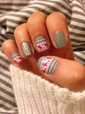 nail polish,holiday nail art,holiday season,holidays nail art,christmas,christmas nail art,nails,nail art