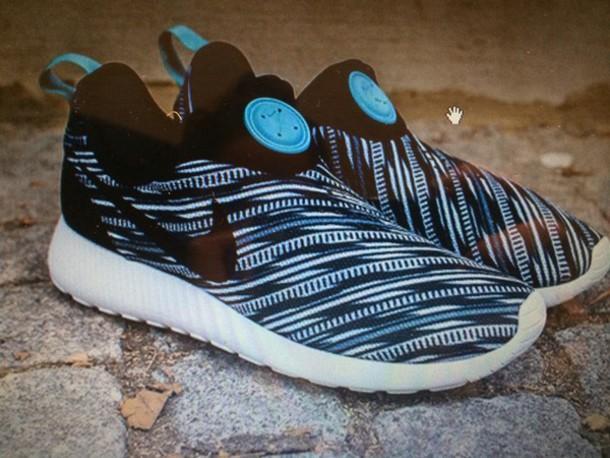 shoes nike roshe run no laces print blue black edit tags