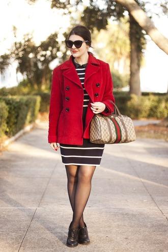 carly maddox blogger dress coat tights shoes bag sunglasses