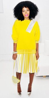 top,solange knowles,sweatshirt,yellow,christopher kane,skirt,pleated skirt