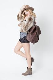 bag,leather backpack,backpack,designer backpack,designer bag,leather,booties,galaxy shorts,tylie malibu,jacket