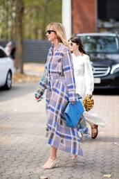 dress,maxi dress,long sleeve dress,oversized,mid heel sandals,sunglasses,v neck dress