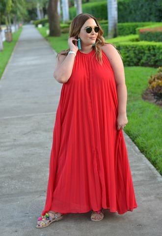 mommyinheels blogger dress shoes sunglasses jewels red dress maxi dress sandals