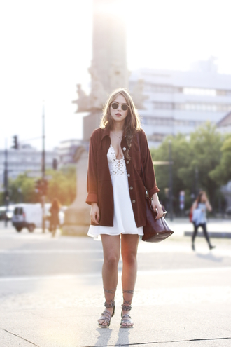 gold schnee blogger white dress brown date outfit summer outfits