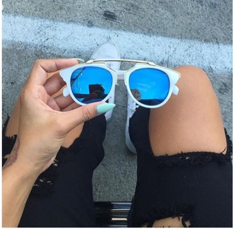 sunglasses sunnies eyewear coachella kylie jenner amber rose kardashians