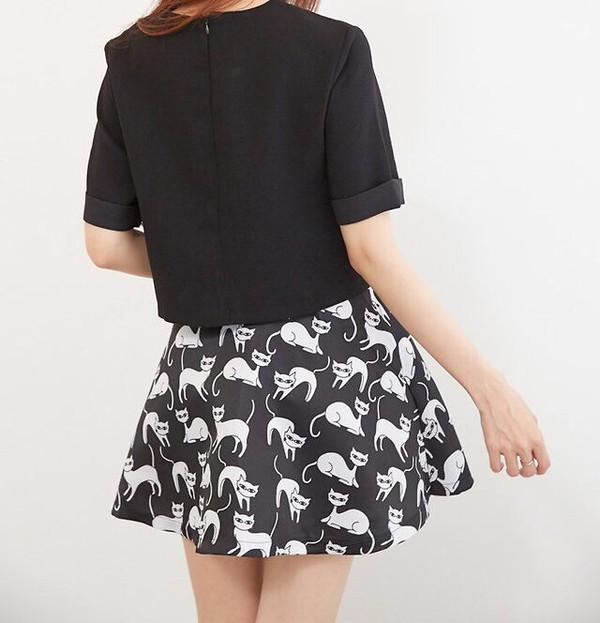 skirt cats