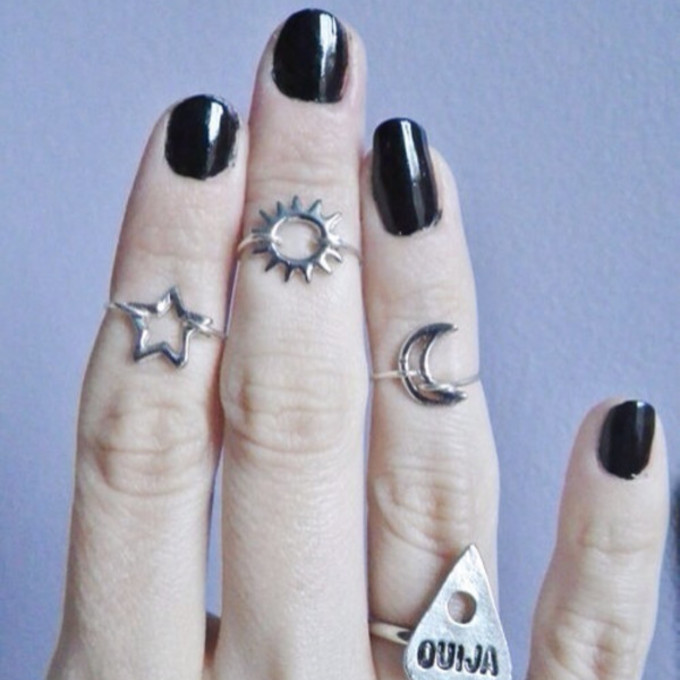 stars ring ring in finger middle finger jewels black midi ring midi rings grunge tumblr sun middle ring ouija moon and sun stars ring silver rings silver moon silver kitchie nail polish nails kawaii pastel goth the middle