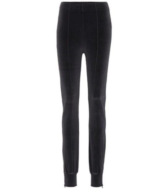 yeezy sweatpants black pants