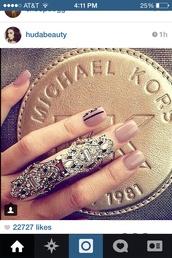 jewels,silver,michael kors,ring,cute,beautiful,heart eyes,gorgeous,pretty