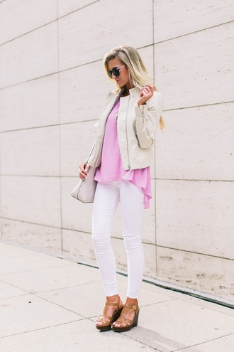 elle apparel blogger shoes sunglasses jewels pink top white jacket white jeans wedges