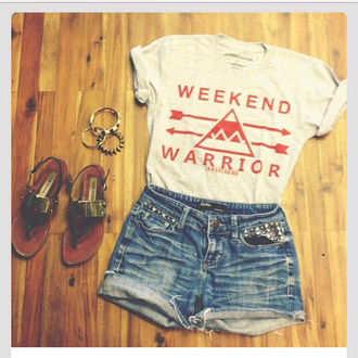 t-shirt shorts top summer top t shirt print white t-shirt weekend warrior shirt wholeoutfit orange weekendwarrior shortshorts sandals crop tops shoes