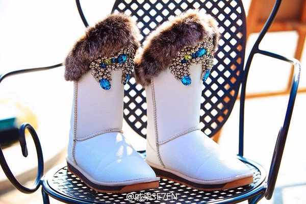 fur boots snow rhinestones winter sports