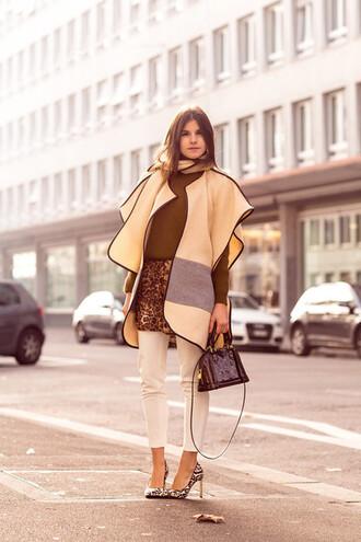 shoes yellow cardigan brown shirt white jeans animal print stilettos blogger black handbag