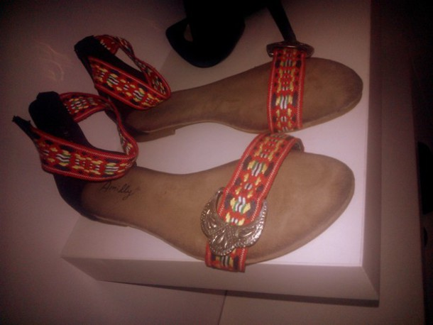 shoes sandals boho flats red aztec indian indie summer summer shoes summer sandals tribal pattern print gypsy gypsy style