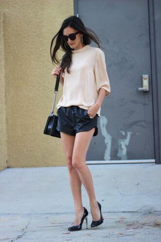 frankie hearts fashion blogger top shorts shoes bag