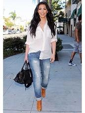 jeans,blouse,kim kardashian,spring outfits