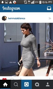 dress,kylie jenner,kylie jenner dress,suede,suede dress,faux suede,long sleeves,bodycon,short dress,grey,iphone,bag,grey dress,bodycon dress