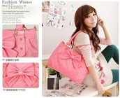 purse,quilted,pink,bow,quilted bag,bag
