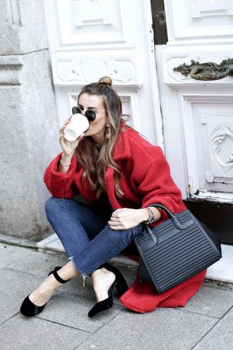 b a r t a b a c blogger coat jeans t-shirt shoes bag jewels winter outfits red coat teddy bear coat handbag pumps