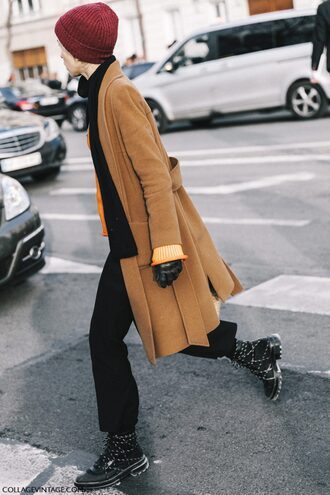 coat tumblr camel camel coat scarf beanie sweater fashion week 2017 streetstyle pants black pants boots black boots winter boots winter outfits winter look gender neutral non-binary no gender