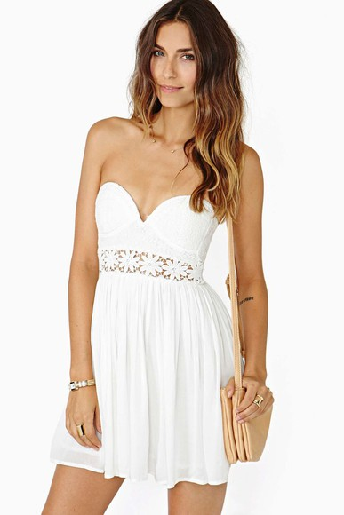 dress white dress summer dress floral strapless dress party dress cutout crochet white crochet graduation dress cute dress summer lace dress white crochet dress white graduation dress white cutedress short graduation