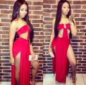 dress,redress,swimwear,twosidesplitdress,red,longreddres,strapless dress,side split dress,exposed stomach,bralette,skirt