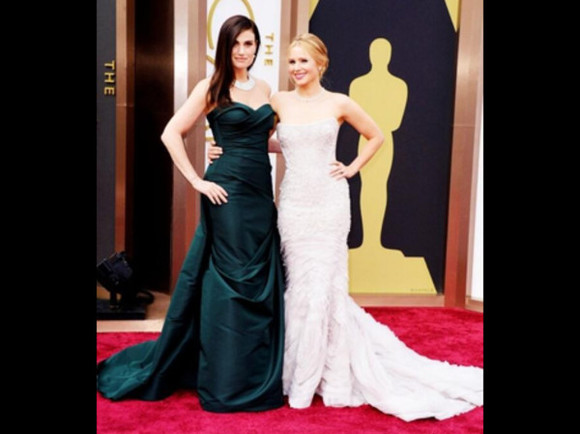 dress cute cream dress long dress pretty oscars 2014 kristen bell green dress