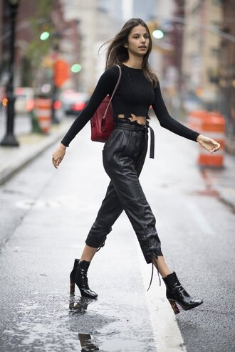 pants all black everything nyfw 2017 ny fashion week 2017 streetstyle crop tops top fall outfits