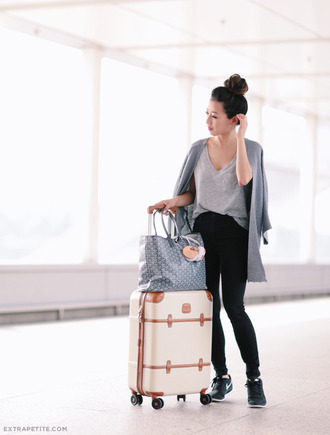 extra petite blogger cardigan jeans bag t-shirt shoes