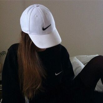 hat cap it girl shop nike hipster white black cool