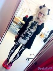 tights,bones,skeleton,black,goth,pastel,pastel goth,cute