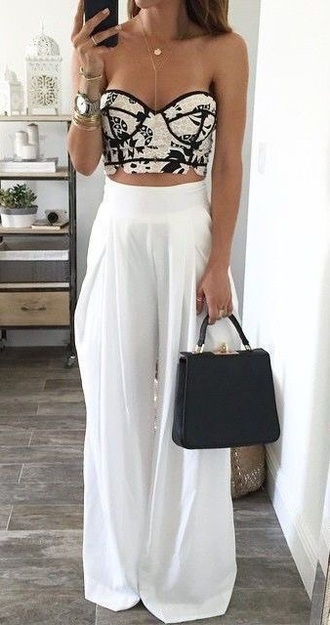 pants white pants palazzo pants top crop tops bustier white bold summerpants loose black and white cute boho boho chic flare pants taille haute pantalon plage blanc high-waist high waisted corset top pretty print summer outfit large elegant classy corset summer outfits blouse black bustier crop top shirt jumpsuit