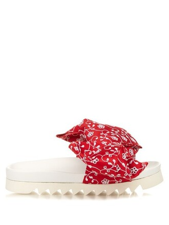 bow white red shoes
