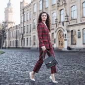 coat,tartan,pants,tartan pants,pumps,bag