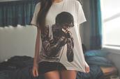 shirt,rock,punk,tumblr,singer,tattoo,white,black and white,hair,clothes
