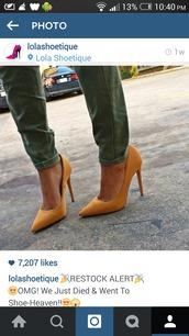 shoes,mustard,high heels,stilettos