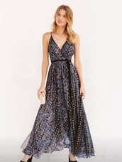 dress,pattern,gold,silver,gown,ball gown dress,formal dress,evening dress,tie front,grey,maxi dress,maxi,plunge v neck,formal event outfit,prom dress,prom,formal,ball,long dress,long,long prom dress,long evening dress,print,printed dress,print dress