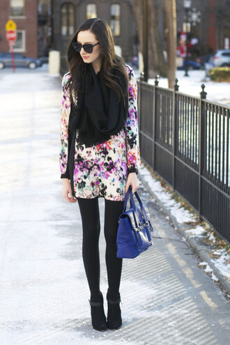 the glam files blogger blue bag satchel bag floral dress shift dress jewels scarf dress belt tights shoes bag opaque tights