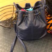 bag,sling bag,leather,black,crossbody bag