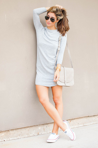 the darling detail - austin fashion blog blogger t-shirt dress bag shoes jewels sunglasses