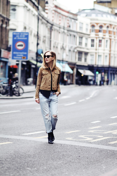 framboise fashion blogger ripped jeans suede jacket jacket shirt jeans sunglasses shoes